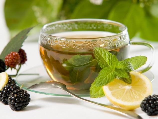 Зеленый чай с мятой и ежевикой
