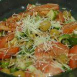Овощной салат с бальзамическим уксусом и пряными специями