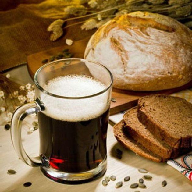 Квас с хлебом