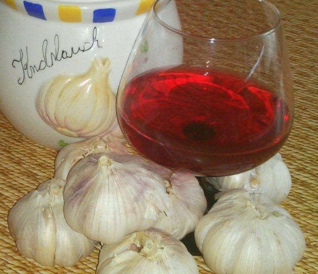 Настойка чеснока на вине