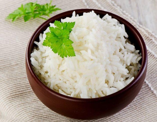 Отварной рис в пиале