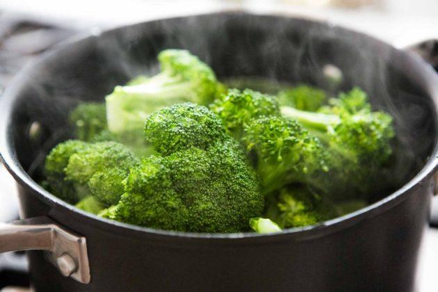 Приготовление брокколи на пару