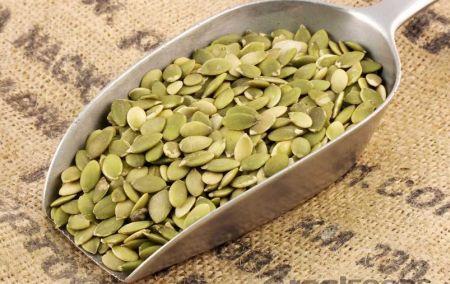 Семена тыквы в совочке