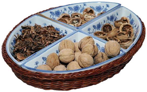 Разные части грецкого ореха