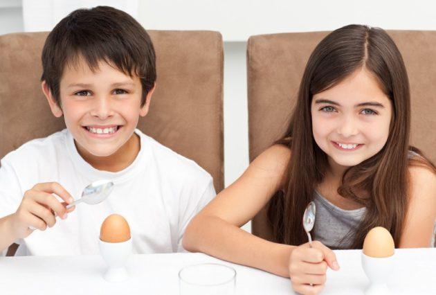 Сырые яйца к завтраку