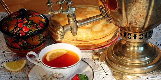 Самовар, чай и блины