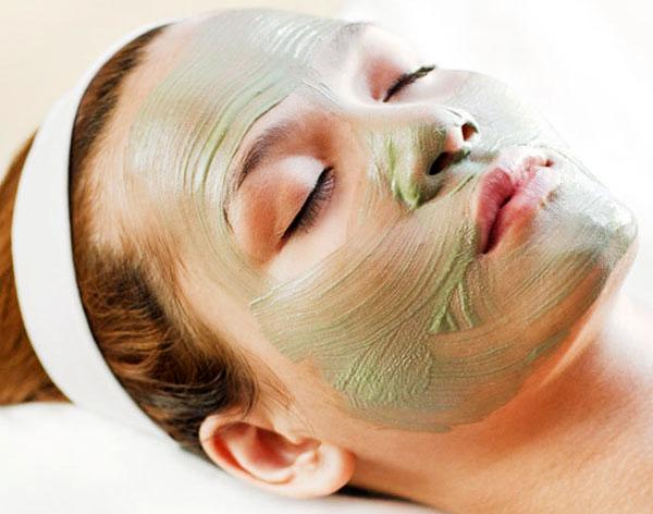 Зелёная маска для лица