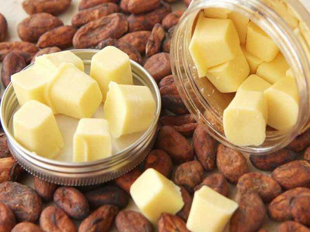 Масло и бобы какао