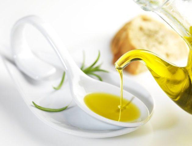 Льняное масло в столовой ложке