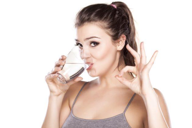Отруби запиваются водой