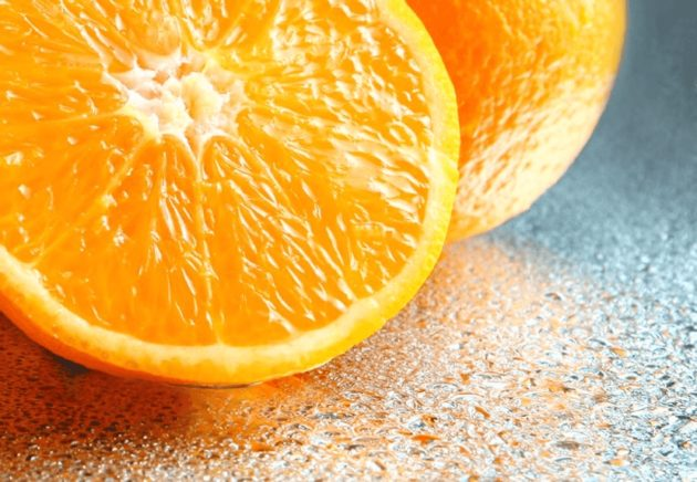 Апельсин в разрезе